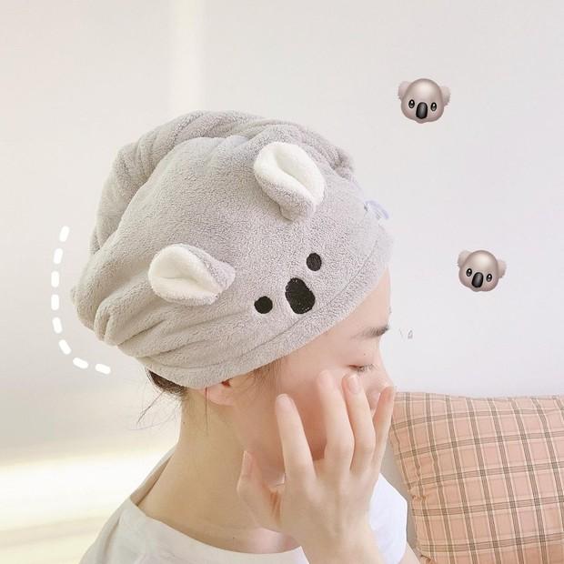 Chị em sợ dùng máy sấy nhiều hỏng tóc thì sắm khăn quấn tóc nhanh khô này đi, có mấy chục mà tiện cực - Ảnh 7.