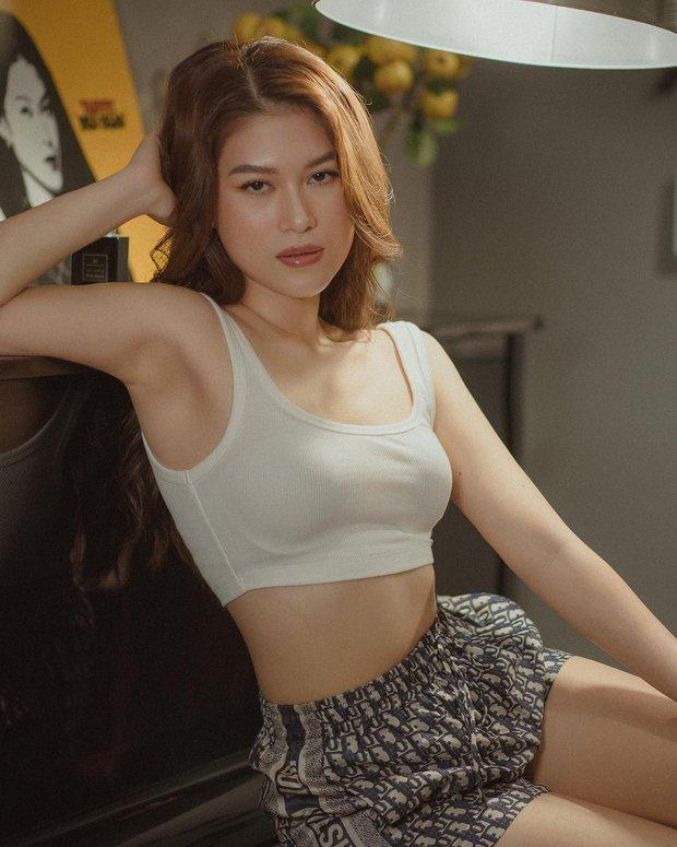 Instagram look sao Việt tuần qua: Crop-top chiếm sóng, riêng 1 ngôi sao lạc quẻ vì diện nguyên set đồ len phát ngốt - Ảnh 4.