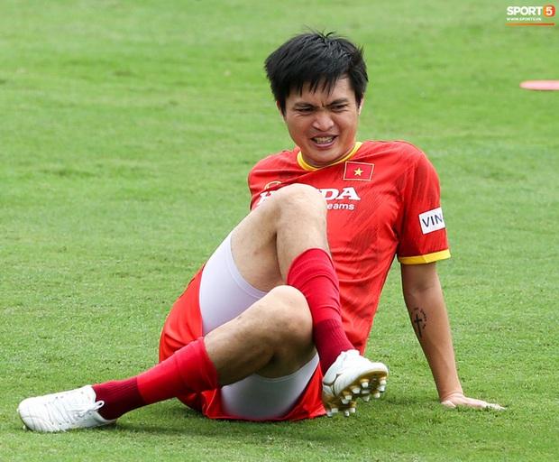 Một cầu thủ Việt Nam được bầu Đức khen ngợi hết lời, đạt 9 điểm Hóa, từng gây bão trong trận gặp Indonesia - Ảnh 2.