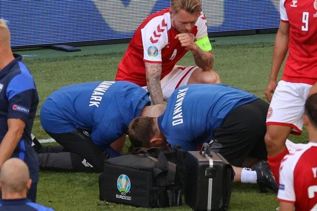Sốc: Bác sĩ Đan Mạch tiết lộ Eriksen đã có lúc chết trước khi được cứu sống - Ảnh 2.