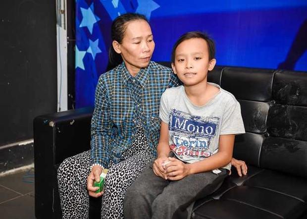 Bố mẹ Hồ Văn Cường đột ngột thay đổi thông tin về khoản 200 triệu tiền thưởng và cát-xê 5 năm của con - Ảnh 2.