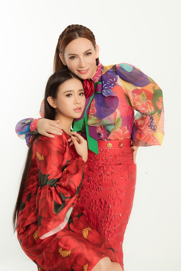 Thiên thần Bolero Quỳnh Trang: Trường hợp con nuôi phá lệ của Phi Nhung, xuất sắc tranh giải Mai Vàng với mẹ nuôi - Ảnh 8.