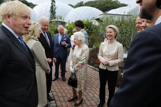 Tổng thống Mỹ duy nhất nào chưa gặp Nữ hoàng Anh Elizabeth? - Ảnh 1.