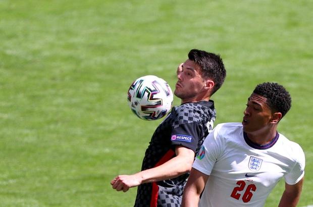 Sao 17 tuổi của ĐT Anh phá kỷ lục Cầu thủ trẻ nhất đá Euro ngay lần đầu xuất trận - Ảnh 3.
