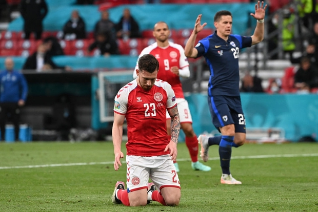 Sự cố Eriksen phơi bày bản chất đê tiện của UEFA - Ảnh 4.