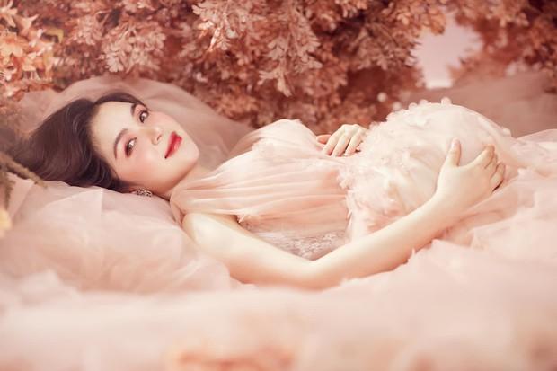 """Chị Kính Hồng nhà Hòa Minzy khoe visual """"đỉnh của chóp"""" dù đang mang bầu bé thứ hai! - Ảnh 5."""