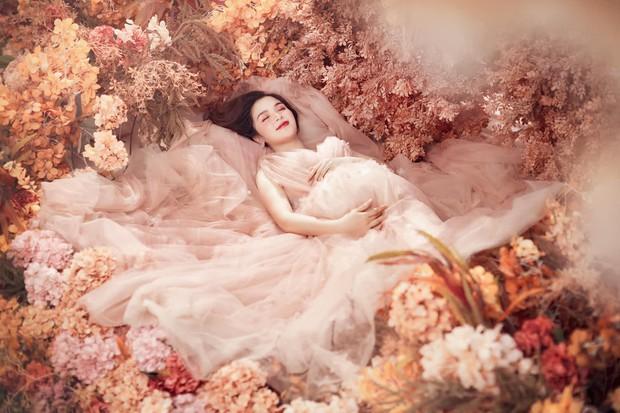 """Chị Kính Hồng nhà Hòa Minzy khoe visual """"đỉnh của chóp"""" dù đang mang bầu bé thứ hai! - Ảnh 6."""