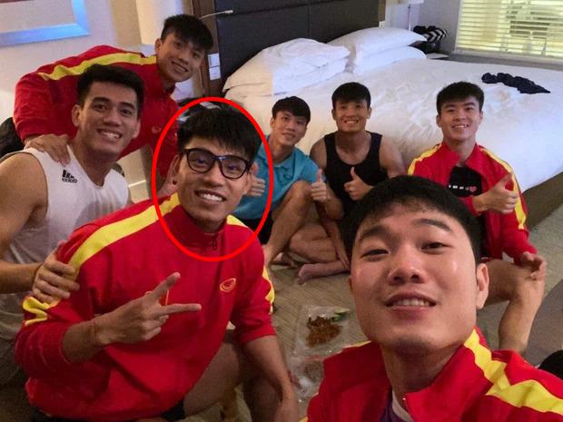 Văn Thanh dạo này điển trai ghê, so với hồi U23 Việt Nam đúng là lột xác! - Ảnh 2.
