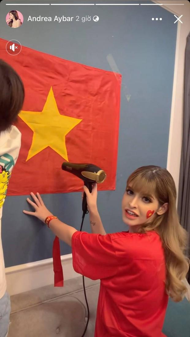 Sao Vbiz hừng hực hướng về trận tuyển Việt Nam đối đầu UAE: Tiểu Vy và dàn Hậu có màn dự đoán gây sốt, 1 mỹ nam hứa làm điều ý nghĩa! - Ảnh 18.