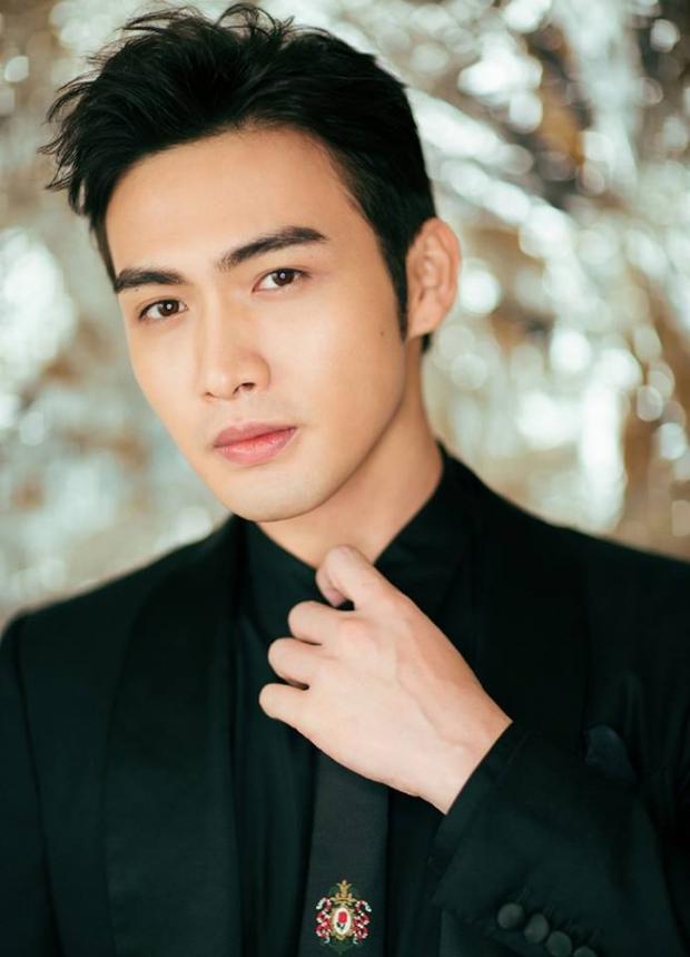 Hậu cung khủng toàn cực phẩm nam thần mê Song Hye Kyo: Huỳnh Hiểu Minh, Lee Min Ho, Suju và tài tử, idol Hàn - Trung có mặt - Ảnh 21.