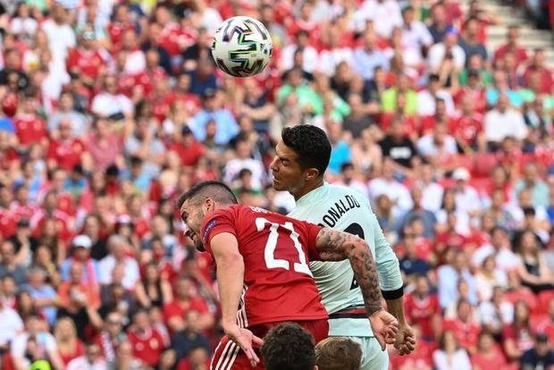 Bồ Đào Nha 3-0 Hungary: Ronaldo đi vào lịch sử với cú đúp - Ảnh 13.