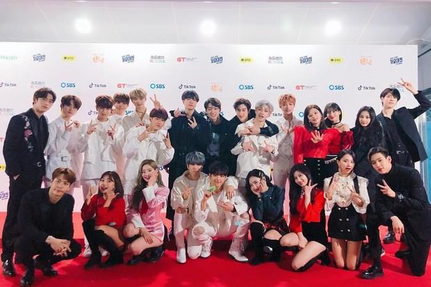 JYP bị netizen mỉa mai vì liên tục rao giảng nhân cách Idol nhưng gà nhà lại thay nhau dính phốt - Ảnh 1.