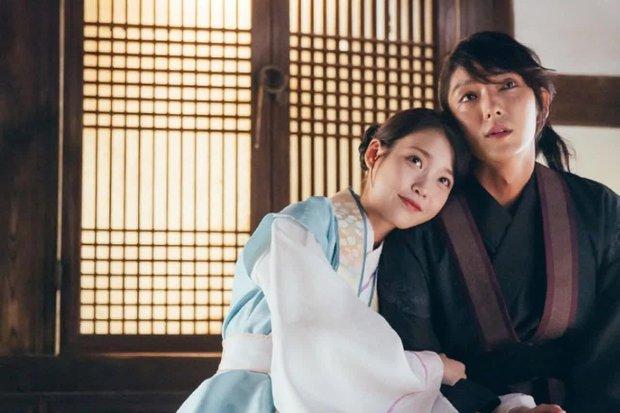 Loạt cặp đôi trọn kiếp xa nhau ở phim Hàn, đến giờ vẫn mong bà cả Penthouse tái hợp Logan Lee - Ảnh 3.