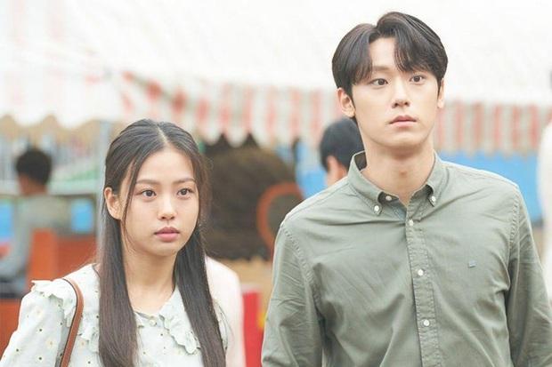 Loạt cặp đôi trọn kiếp xa nhau ở phim Hàn, đến giờ vẫn mong bà cả Penthouse tái hợp Logan Lee - Ảnh 2.