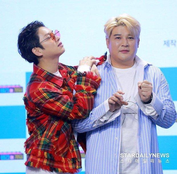Kim Heechul lần đầu tiết lộ về việc phân chia line hát ở Super Junior - Ảnh 1.