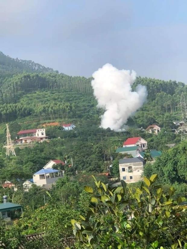 Một thanh niên ở Yên Bái tử vong sau vụ nổ - Ảnh 2.
