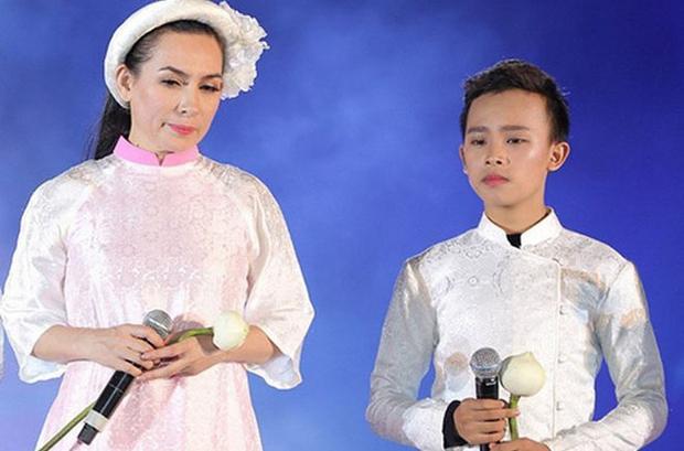 Khi Phi Nhung dính liên hoàn scandal căng đét: Người bênh thì ít, đa số đều nêu quan điểm, chia sẻ xót xa với Hồ Văn Cường - Ảnh 9.