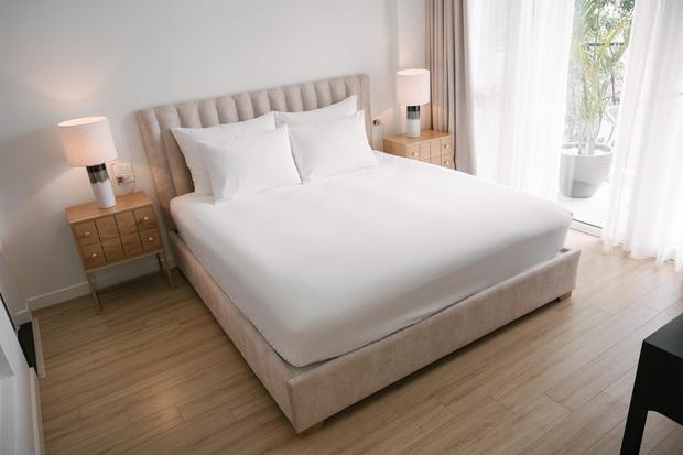 6 tips để trải giường ở nhà sang xịn mịn như giường khách sạn từ cô nàng có 4 năm kinh nghiệm trong ngành - Ảnh 12.