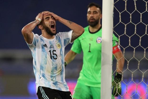 Argentina bất lực để Chile cầm hòa trong ngày Messi lập siêu phẩm đá phạt - Ảnh 3.