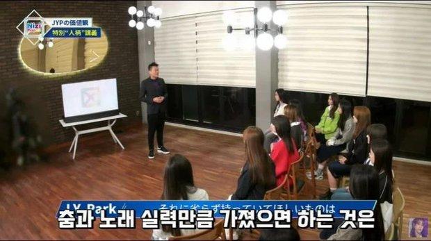 JYP bị netizen mỉa mai vì liên tục rao giảng nhân cách Idol nhưng gà nhà lại thay nhau dính phốt - Ảnh 6.