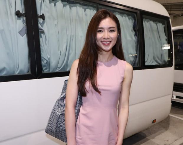 Hoảng hồn vòng sơ tuyển Hoa hậu Hong Kong: Thí sinh bị bóc lỗi make up, style lôi thôi như đi chợ, kéo đến 1 gương mặt sáng hiếm hoi mà vỡ òa - Ảnh 16.