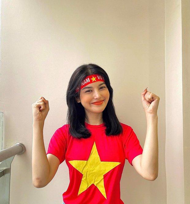 Nữ diễn viên hứa tặng quỹ vaccine 20 triệu/1 bàn thắng của tuyển Việt Nam, cuối cùng chuyển nóng con số khiến cả MXH ngỡ ngàng - Ảnh 3.