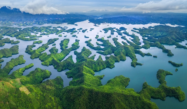 Ở Việt Nam có một nơi hội tụ ngàn vạn đảo trên non cao, cảnh đẹp như tranh vẽ nhưng rất ít người biết đến - Ảnh 3.