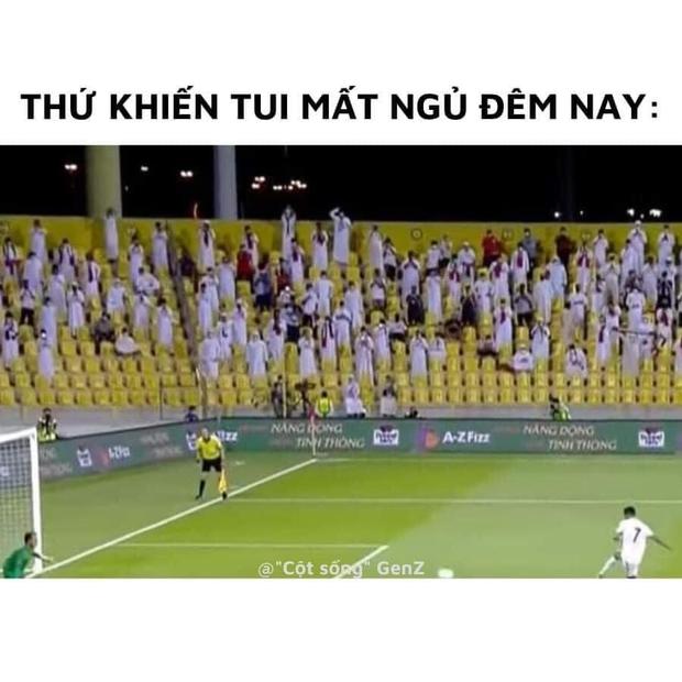 Sau trận đấu UAE - Việt Nam, cộng đồng mạng lại đua nhau chế meme cực hài hước, nhưng sao tâm điểm lại là âm nhạc? - Ảnh 4.