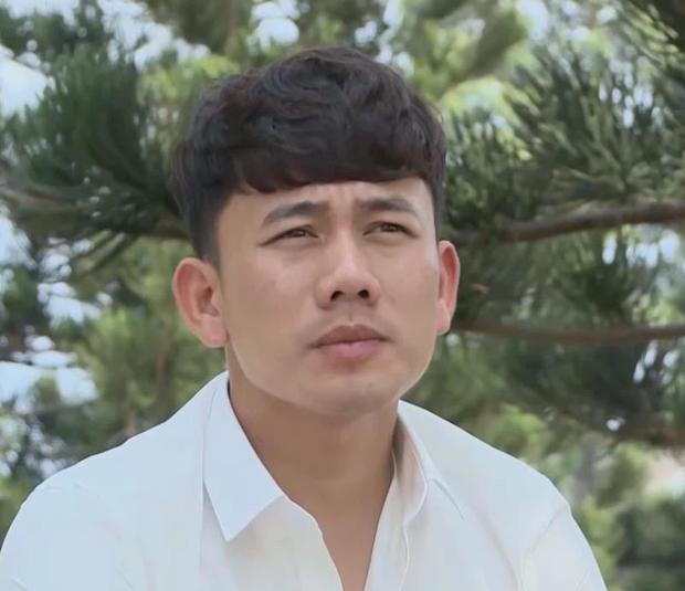 Người phụ nữ thầm lặng cùng tiền vệ Minh Vương vượt qua nỗi đau mất bố và giúp Việt Nam lội ngược dòng trước UAE là ai? - Ảnh 1.