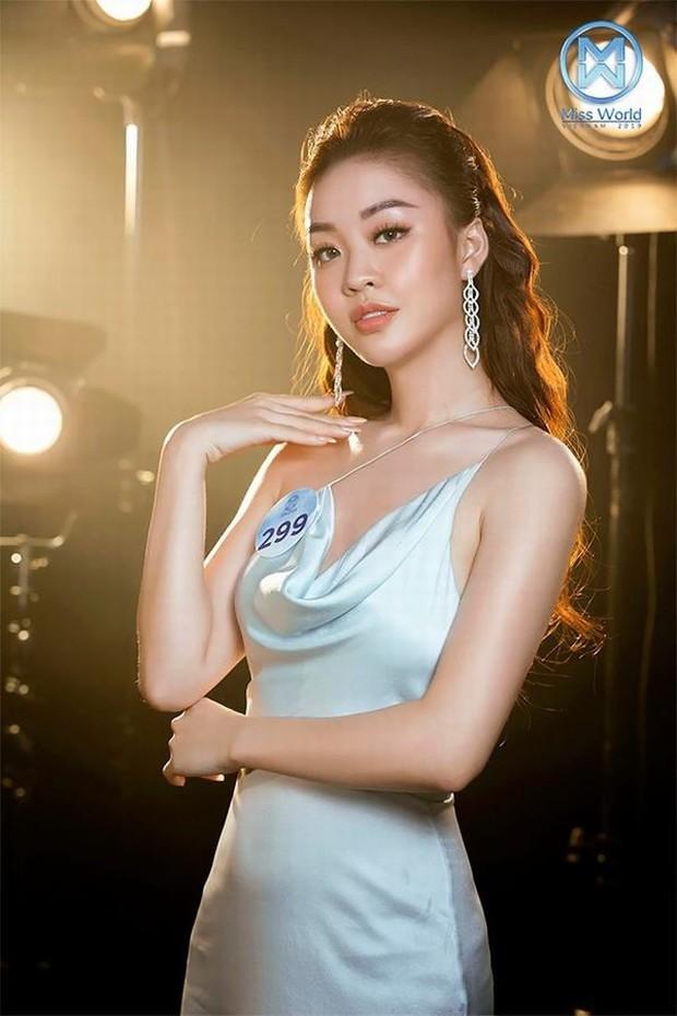 Người đẹp trù ẻo Hương Giang chê Tấn Trường bắt bóng như trò đùa, đòi thay bằng Văn Lâm - Ảnh 6.