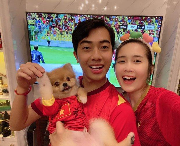 Chuẩn fan cuồng đội tuyển Việt Nam, Cris Phan làm dậy sóng mạng xã hội, nhưng cũng không quên cà khịa đối thủ! - Ảnh 3.