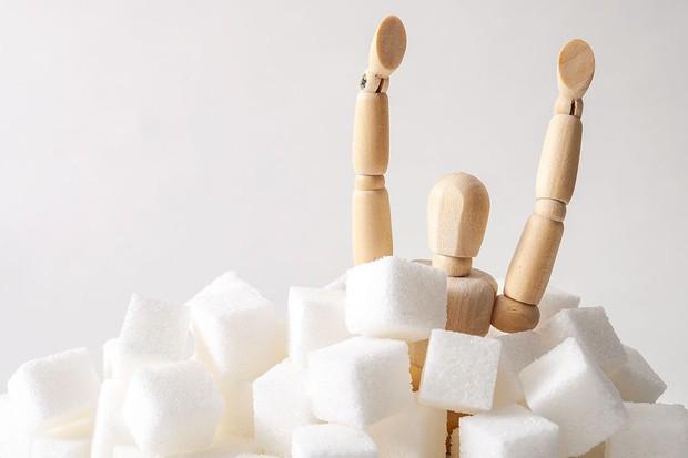 Uống trà sữa mỗi ngày có khiến cơ thể bị thừa đường không? Đọc ngay 6 dấu hiệu cơ thể đang kêu cứu vì dư thừa đường này! - Ảnh 3.
