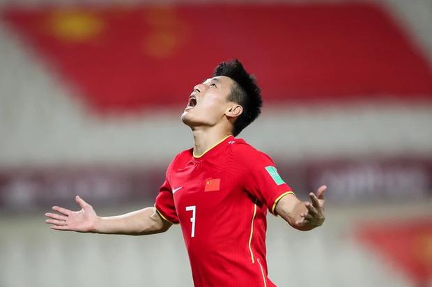 Tuyển Trung Quốc đi tiếp với tư cách đội nhì bảng xuất sắc nhất, khả năng cao chạm trán Việt Nam tại vòng loại World Cup - Ảnh 1.