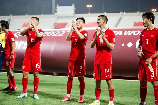 Tuyển Trung Quốc đi tiếp với tư cách đội nhì bảng xuất sắc nhất, khả năng cao chạm trán Việt Nam tại vòng loại World Cup - Ảnh 2.