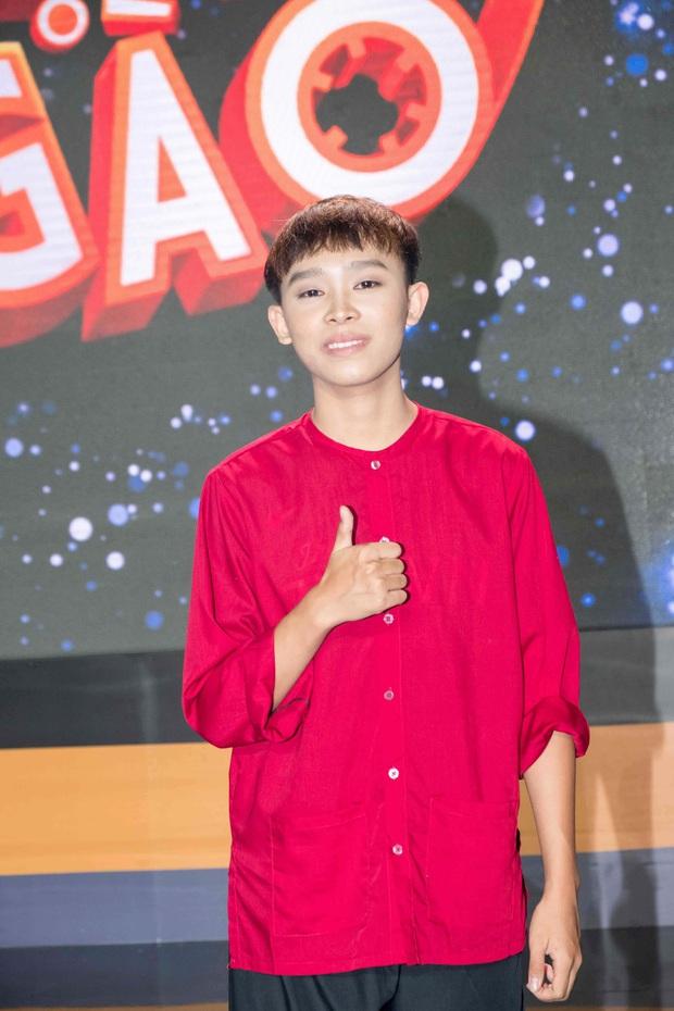 Dân tình phẫn nộ trách Phi Nhung vì clip Hồ Văn Cường vẫn phải đi hát dù ho khù khụ, ai ngờ quay xe khi biết rõ thực hư - Ảnh 7.
