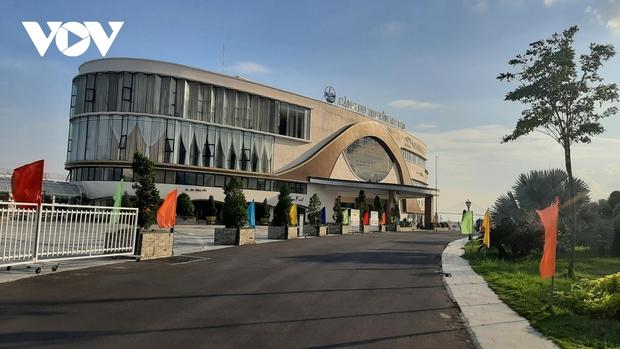Thêm 12 ca nghi mắc Covid-19, Tiền Giang thành lập thêm bệnh viện dã chiến  - Ảnh 2.