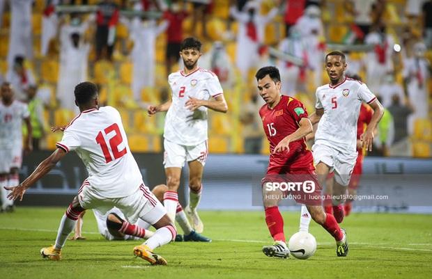 Chấm điểm cầu thủ Việt Nam vs UAE: Khác biệt mang tên Minh Vương - Ảnh 12.