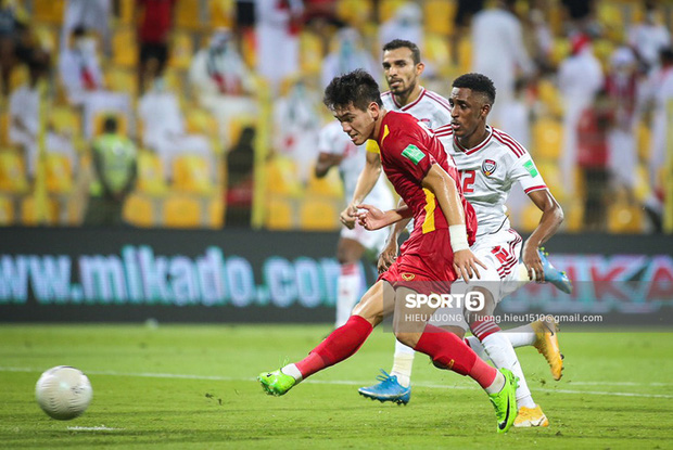 Chấm điểm cầu thủ Việt Nam vs UAE: Khác biệt mang tên Minh Vương - Ảnh 13.