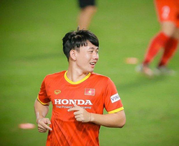 Được gọi là công thần đối đầu UAE nhưng ít ai biết Minh Vương đã từng trượt khỏi danh sách đội tuyển Việt Nam! - Ảnh 3.
