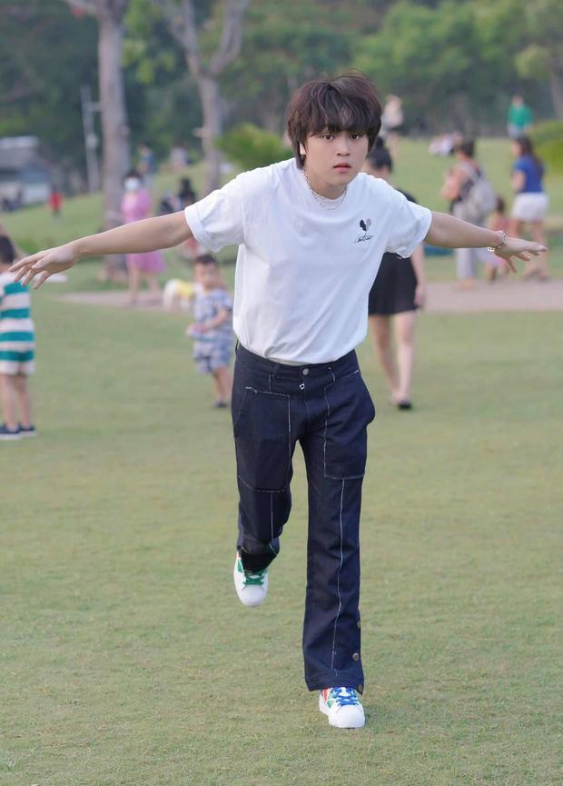 Cuộc sống đối lập của 2 Quán quân Vietnam Idol Kids: Hồ Văn Cường khó khăn thiếu thốn, Thiên Khôi tự chủ tài chính ở tuổi 16 - Ảnh 10.