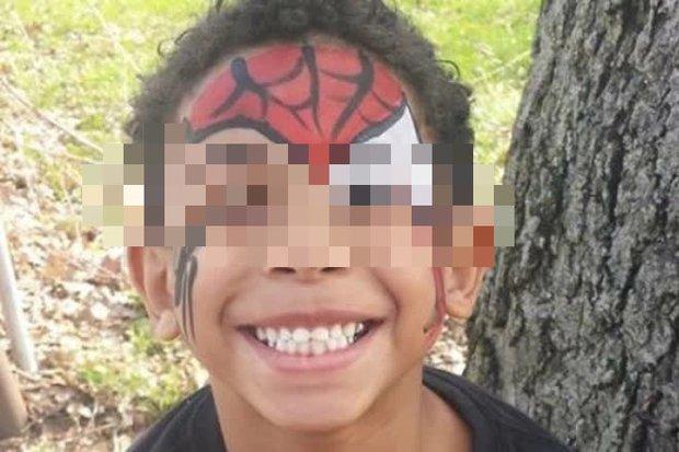 Cậu bé 8 tuổi bị bắt nạt trong 2 năm dẫn đến tự tử, nhà trường không nhận tội còn đòi trả gấp 58 tỷ để xí xóa - Ảnh 3.