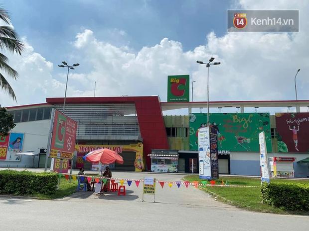 500 nhân viên siêu thị Big C Đồng Nai được sàng lọc để cách ly tập trung vì liên quan BN 11669 - Ảnh 1.