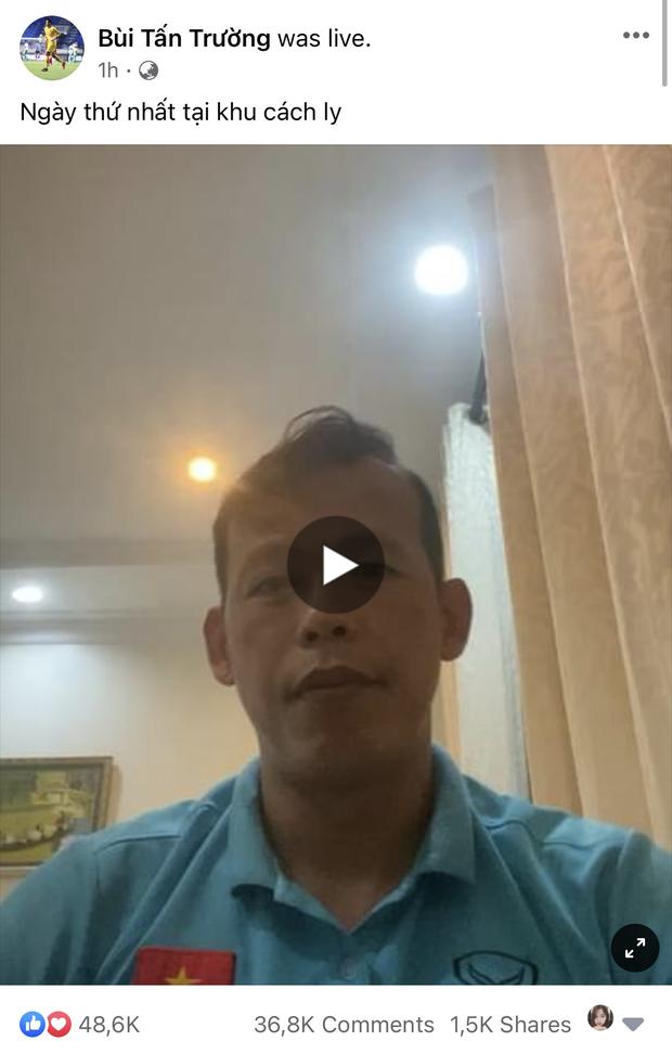 Ông chú Tấn Trường mở live buổi đầu cách ly mà có tới 15k người xem, không hổ là streamer của đội tuyển - Ảnh 2.