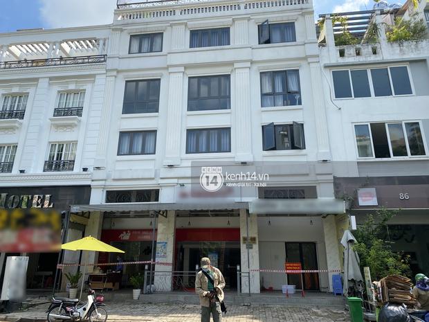 Có cầu thủ vừa nhận chỗ cách ly ở khu nhà giàu Sài Gòn đã tự nhận xét phòng tui gớm lắm, nguyên nhân vì sao? - Ảnh 3.