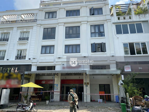 Cận cảnh nơi cách ly của tuyển Việt Nam khi về nước: Khách sạn 3 sao giữa khu nhà giàu Sài Gòn - Ảnh 2.