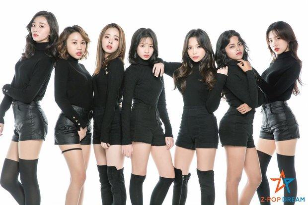 Leader nhóm Kpop có thành viên người Việt không quay lại Hàn vì mang thai: Netizen chỉ trích nhưng vẫn chúc mẹ tròn con vuông - Ảnh 1.