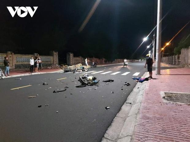 Tai nạn giao thông nghiêm trọng tại Phú Yên, 3 người chết - Ảnh 1.