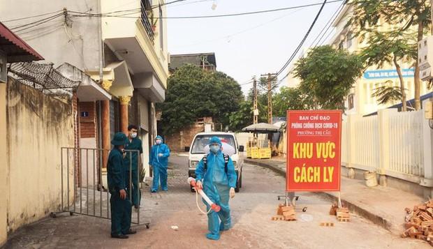 Số ca mắc mới COVID-19 giảm, thành phố Bắc Ninh nới lỏng giãn cách một số khu vực - Ảnh 1.