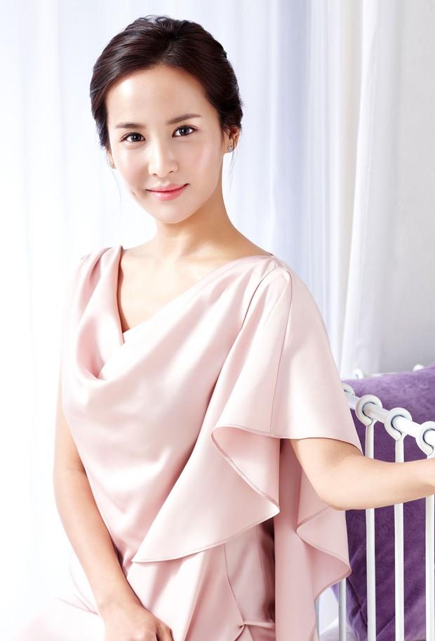 3 nữ hoàng cảnh nóng xứ Hàn: Người bị bạn trai bỏ vì khỏa thân 100%, người lên đời cả tình yêu lẫn sự nghiệp - Ảnh 10.