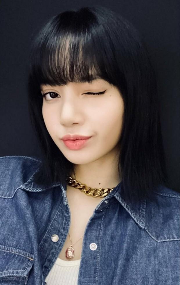 Lisa (BLACKPINK) debut thật rồi: Được MC quốc dân tiết lộ thời điểm, còn đụng độ trực tiếp BTS, Taeyeon (SNSD) - Ảnh 4.